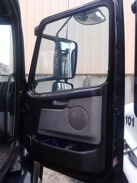 VOLVO/GMC/WHITE VNL Door Assembly, Front