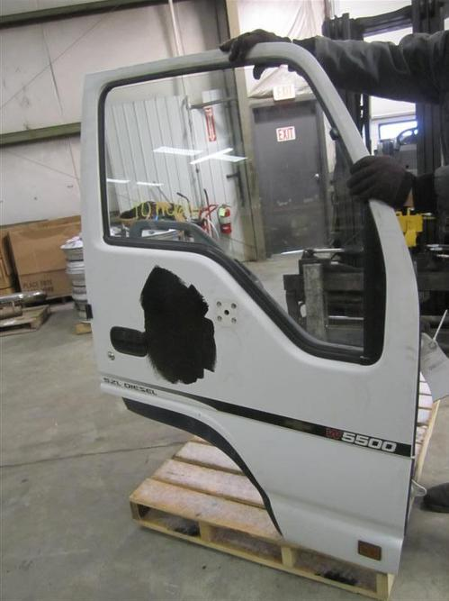 CHEVROLET W5500 Door Assembly, Front