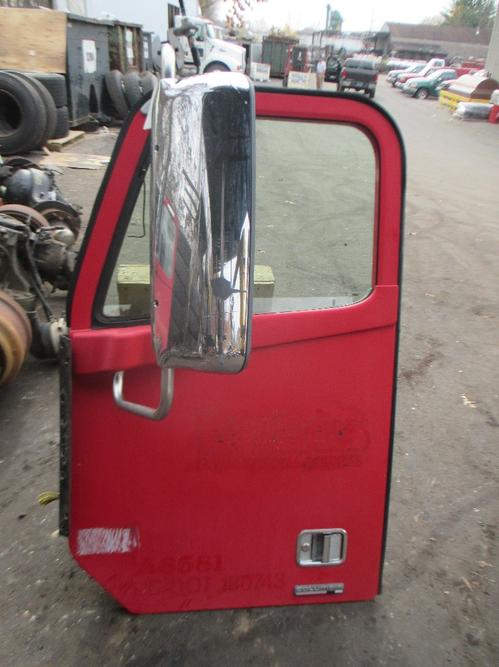 FREIGHTLINER CL120 Door Assembly, Front