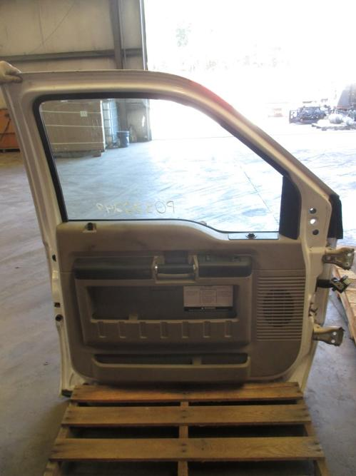 FORD F350SD (SUPER DUTY) Door Assembly, Front