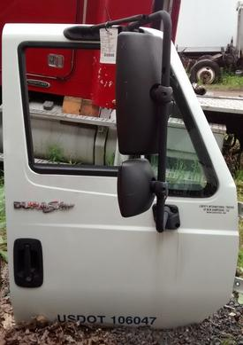 INTERNATIONAL 4100 Door Assembly, Front