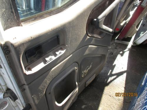 INTERNATIONAL 5900I Door Assembly, Front
