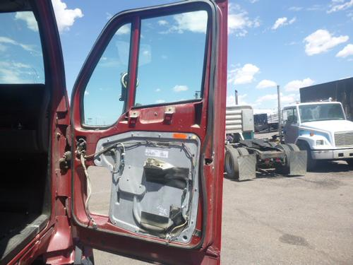 KENWORTH T700 Door Assembly, Front