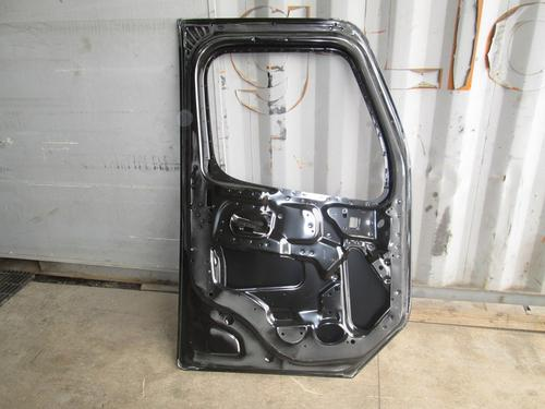 FREIGHTLINER Business Class M2 Door Assembly, Front