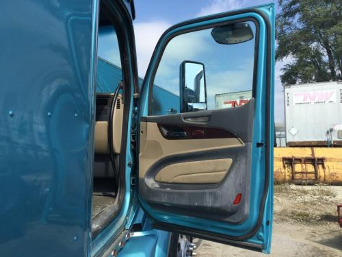 PETERBILT 579 Door Assembly, Front
