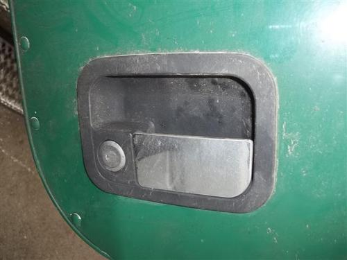 PETERBILT 378 Door Handle