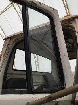 FORD LNT9000 Door Vent Glass, Front