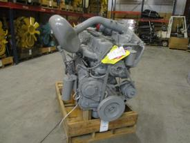MACK 676 Engine Assembly