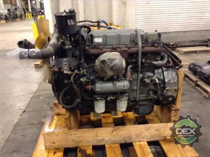 FORD L8000 Engine Assembly