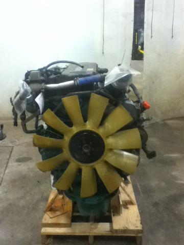 VOLVO D12D Engine Assembly