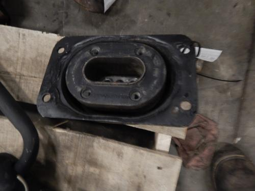 VOLVO VNL670 Engine Mounts