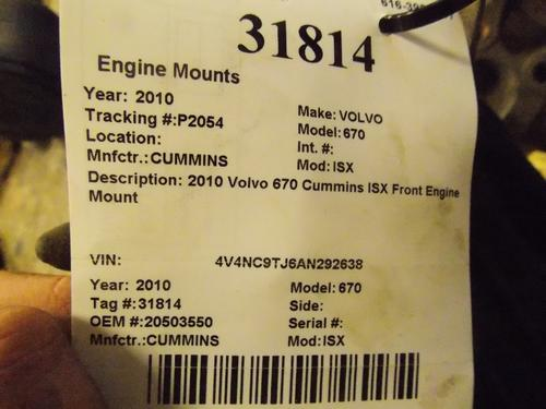 VOLVO 670 Engine Mounts