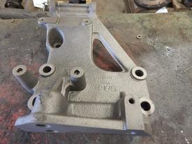 VOLVO VN Engine Mounts