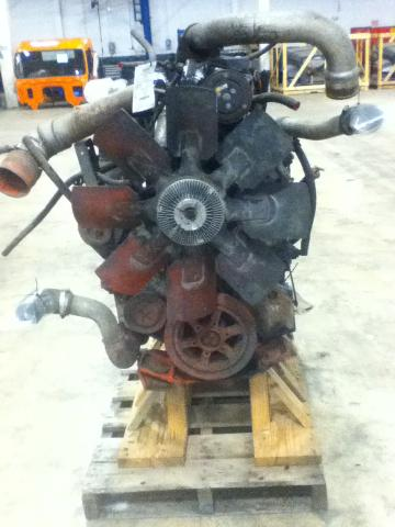 INTERNATIONAL 8100 Engine Assembly