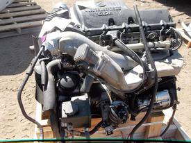 MERCEDES OM647-LA EPA 04 Engine Assembly
