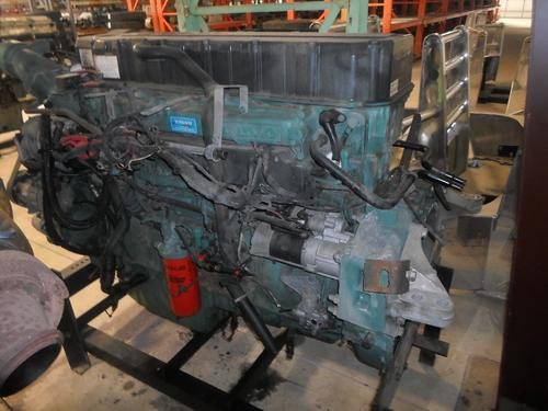 VOLVO D12 Engine Assembly