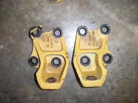 CAT C13 Engine Mounts