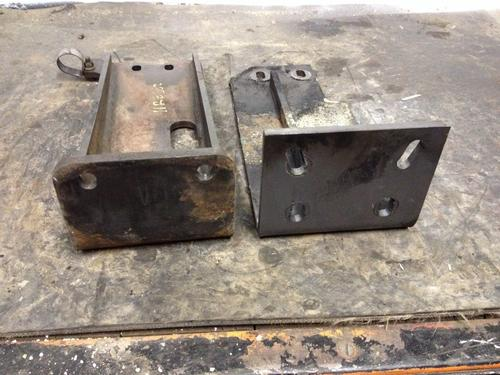 CAT 332D Engine Mounts