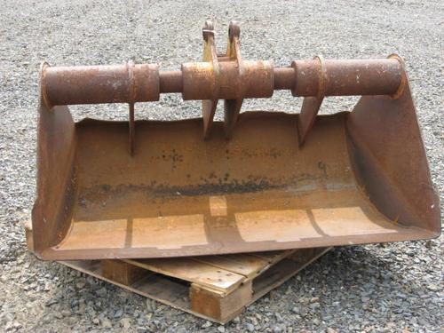 Unknown Ditching Bucket Equipment (Mounted)