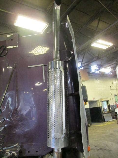 FREIGHTLINER CENTURY 120 Exhaust Assembly