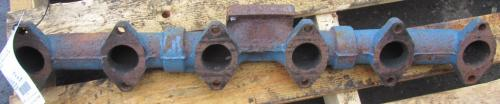 International DT 466E Exhaust Manifold