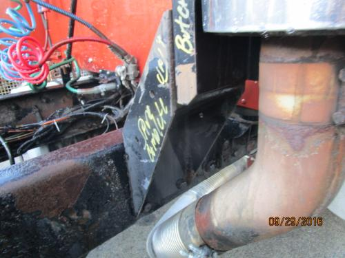 KENWORTH T600 Exhaust Pipe