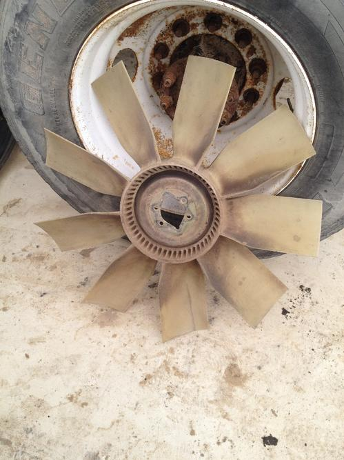 INTERNATIONAL 9200I Fan Blade