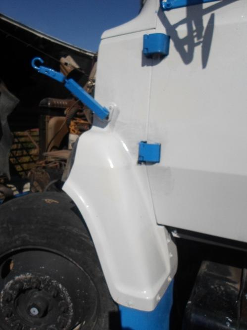FORD LN7000 Fender Extension