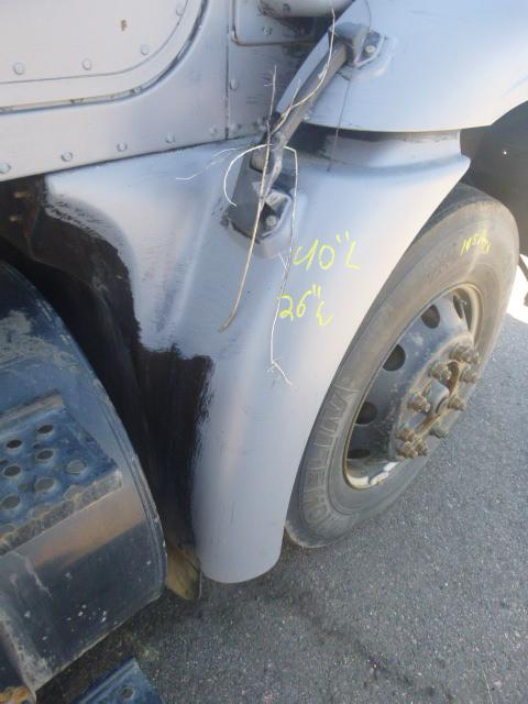 INTERNATIONAL 9400I Fender Extension