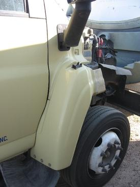 GMC - MEDIUM C5500 Fender Extension