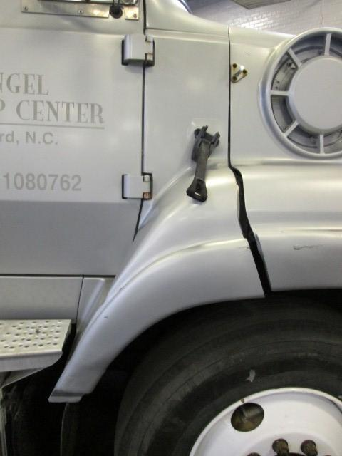 FORD LT9000 Fender Extension
