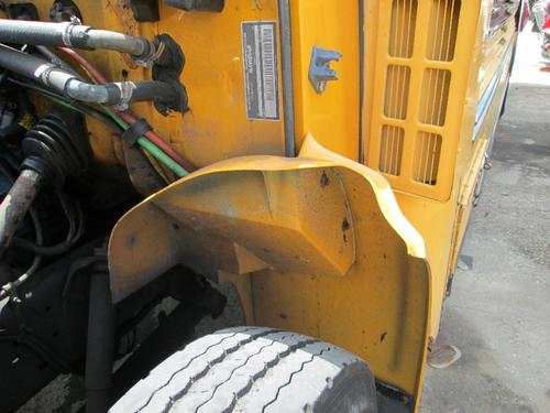 INTERNATIONAL 3800 Fender Extension