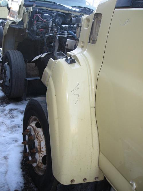 GMC C4500-C5500 Fender Extension