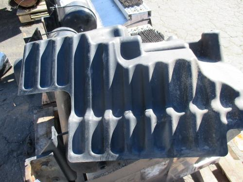 PETERBILT 587 Fender Extension