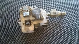 Mercedes OM460 Fuel Injector