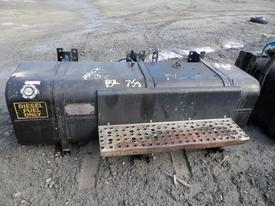 MACK MR600 SERIES Fuel Tank