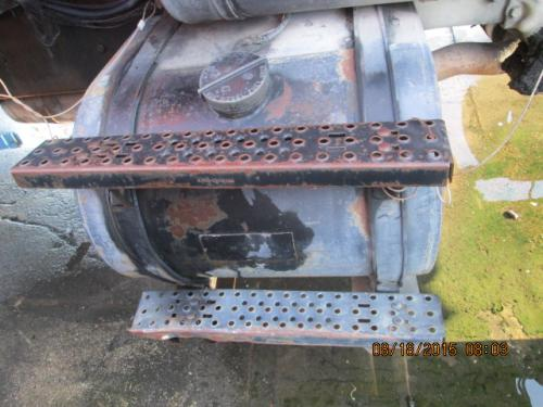 FORD LNT8000 Fuel Tank