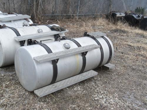 INTERNATIONAL UNIDENTIFIABLE Fuel Tank