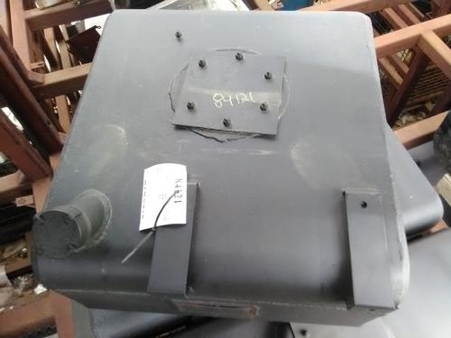 GMC - MEDIUM C6500 Fuel Tank