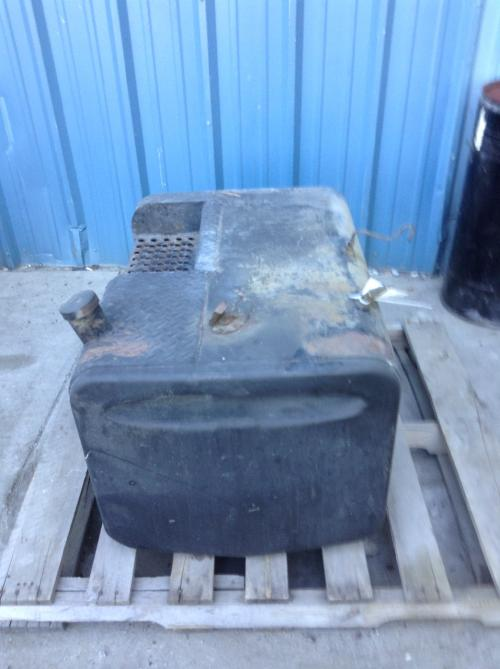 MACK DM400 Fuel Tank
