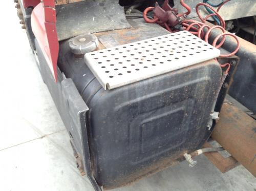 INTERNATIONAL 8300 Fuel Tank