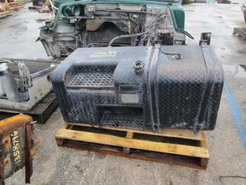 MACK DM690 Fuel Tank