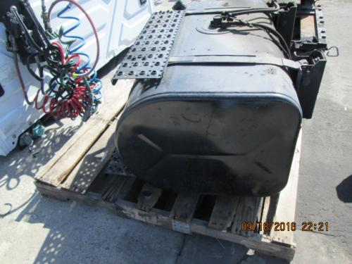 INTERNATIONAL 4400 Fuel Tank