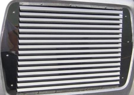 FORD L8000 Grille