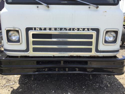 INTERNATIONAL CO1800 Grille