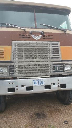 INTERNATIONAL CO-9670 Grille