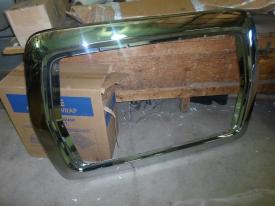 FORD LT9500 Grille