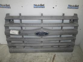 FORD F800 Grille