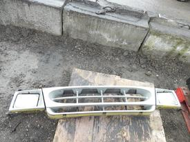 FORD E450 Grille