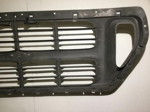 FORD F650SD (SUPER DUTY) Grille